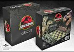 Jurassic Park Chess Set   Noble Collection